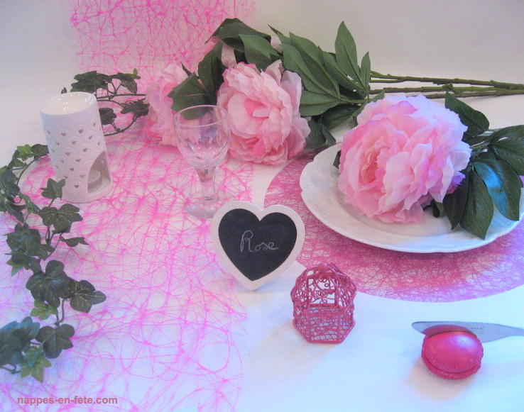 deco de table blanc et rose
