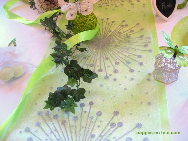 deco de table raffinée blanc argent et vert